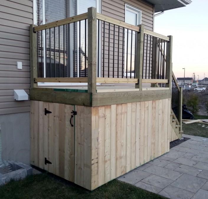 Bell r no balcons et patios for Balcon exterieur bois